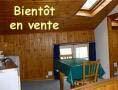 Chambre meublée, intérieur bois
